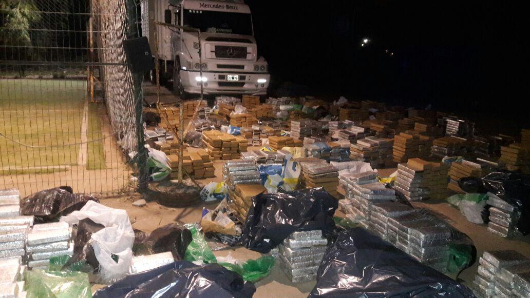 camion de correo con droga 2