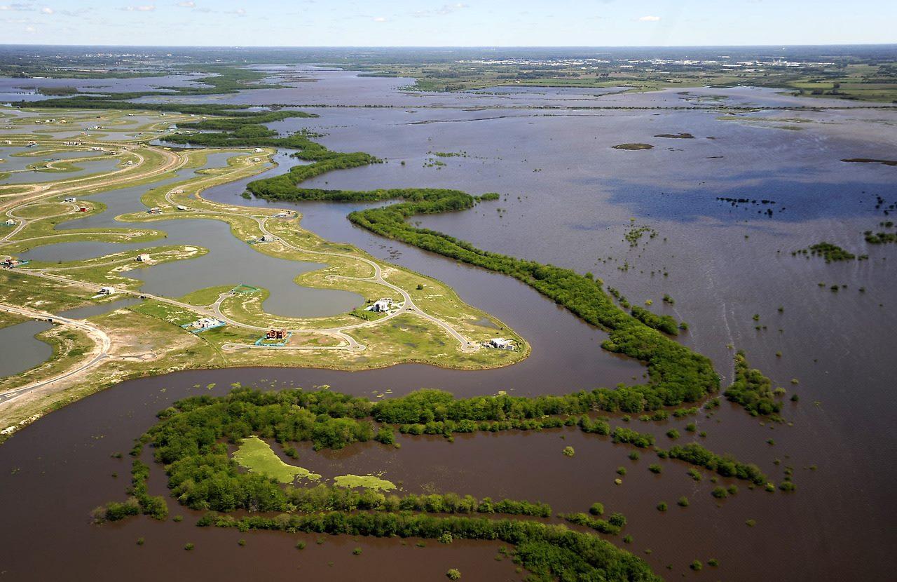 cuenca del parana - rio lujan