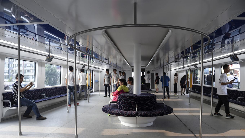 autobus gigante chino por dentro