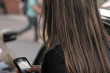 chica-con-celular