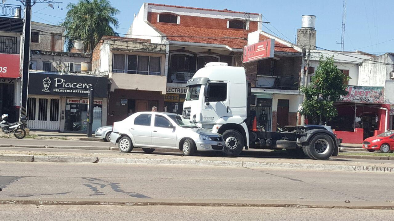 choque-camion-auto