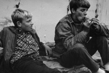 adolescentes fumando