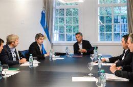 Quintana, Frigerio, Peña, Macri, Triaca y Lopetegui, ayer, en Olivos, durante una reunión de coordinación. Foto: Presidencia.