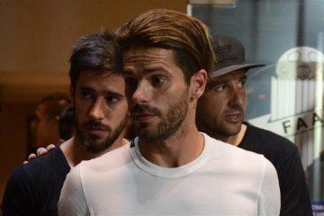 Pablo Pérez, Fernando Gago y Agustín Orion se retiran de Futbolistas Argentinos Agremiados después de la decisión de prolongar la medida de fuerza foto: LA NACION Mauro Alfieri.