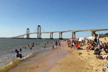 playa arazaty gente