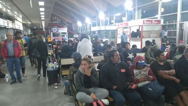 La terminal de ómnibus, ayer cerca de las 22.