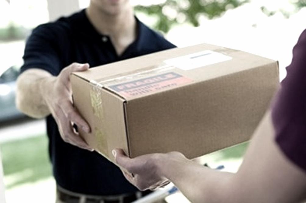 Entra en vigencia el sistema de env os postales puerta a for Correo puerta a puerta
